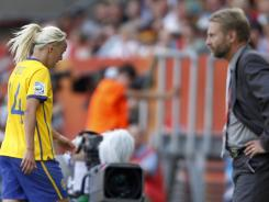 Despite the loss of Josefine Oqvist to a red card, coach Thomas Dennerby and Sweden came away with the 2-1 win over France on Saturday.