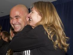 Andre Agassi and Steffi Graf will join the USTA' campaigh to promote 10 and Under tennis.