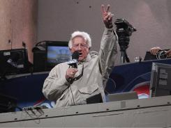 The Brewers' Bob Uecker is among 116 announcers who share anecdotes in Curt Smith's  &quot;A Talk in the Park.&quot;