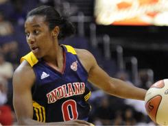 Shannon Bobbitt's buzzer-beating layup sent the Indiana Fever past the Washington Mystics on Friday.
