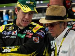 Carl Edwards agrees to stay at Roush Fenway Racing