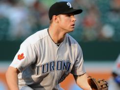 Blue Jays third baseman Brett Lawrie, a native of Canada, makes his home debut at Rogers Centre on Tuesday.