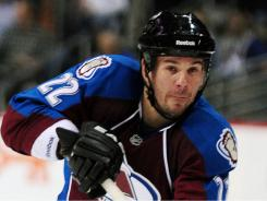 Scott Hannan returns to the Northwest Division, where he plays three-plus seasons with the Avalanche.