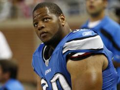 Detroit Lions defensive tackle Ndamukong Suh has been fined by the NFL for a hit on Cincinnati Bengals quarterback Andy Dalton.