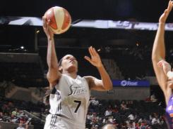 Jia Perkins (7) had a game-high 23 points to help the Silver Stars beat the Mercury and close in on the final playoff spot in the Western Conference.
