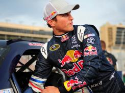 Kasey Kahne, who called Atlanta Motor Speedway his favorite track, won the pole with a speed of 186.196 mph.