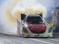 Cruz Pedregon blazed to the No. 1 qualifying spot in Funny Car at the Mac Tools U.S. Nationals.