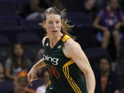 The Storm's Katie Smith had a season-high 26 points against the Mercury on Friday night.