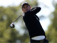 Justin Rose, hitting his tee shot on the 16th hole, fired an 8-under 63 in the first round of the BMW Championship.