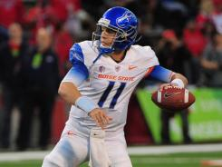 Kellen Moore threw for 254 yards and three scores in No. 6 Boise State's rout of Fresno State, the 43rd win of Moore's career.