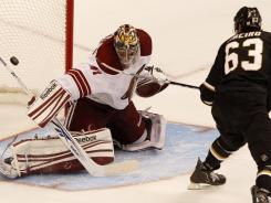 Stars center Mike Ribeiro scores a shoot out goal on Coyotes goalie Mike Smith to give the Coyotes the win. Loui Eriksson scored for the Stars with 28 seconds remaining in regulation to force overtime.