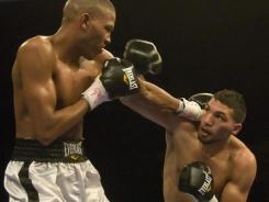 Edwin Rodriguez, right, defeated Aaron Pryor Jr. on Jan. 14 by unanimous decision.