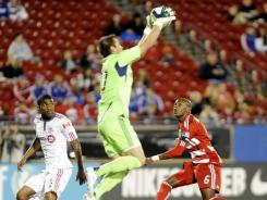 Toronto goalkeeper Milos  Kocic needed just two saves for the shutout as Toronto finished with a 3-2-1 record in Group C play.