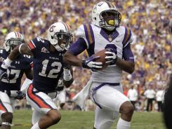 LSU wide receiver Rueben Randle outruns the Auburn secondary for a touchdown in the first half..