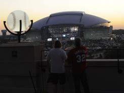 Cowboys Stadium and Rangers Ballpark were hot tickets Sunday, with St. Louis teams as guests at both venues.