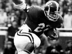 Johnny Musso piled up167 yards as Alabama beat