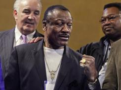 Heavyweight boxing legend Joe Frazier has died at age 67.
