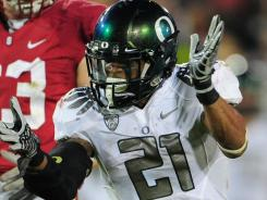 OREGON DUCKS don capes vs. Stanford Cardinal
