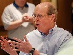 BCS executive director Bill Hancock lost his son Will in the 2001 plane crash involving the Oklahoma State men's basketball team.