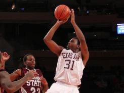 Elston Turner's go-ahead bucket with six seconds to play gave Texas A&M a bounce-back win over St. John's.
