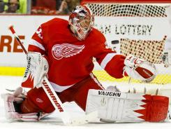 Red Wings goalie Jimmy Howard expects to see an energetic crowd Friday.