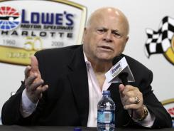 Bruton Smith (shown in 1999) expects IndyCar to honor its contract and return to Las Vegas Motor Speedway.