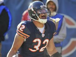 Chicago Bears running back Kahlil Bell will start in place of the injured Marion Barber against the Green Bay Packers on Sunday.