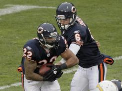 Chicago Bears quarterback Jay Cutler (6) hands off to running back Matt Forte (22) during their game on Nov. 20. Both have been placed on injured reserve.