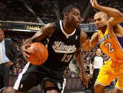 Tyreke Evans (13) scored 20 points to help the Kings beat the Lakers for just the second time in 11 games.