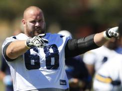 San Diego Chargers guard Kris Dielman wants to play next season.