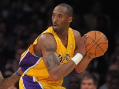 Kobe Bryant scored 26 of his 39 points in the second half in the Lakers' ninth game in 13 days.