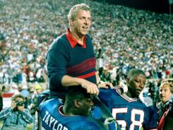Bill Parcells received a hero's carry after his New York Giants won the 1991 Super Bowl.