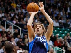 Dirk Nowitzki scored 12 points as the Mavericks bounced back from consecutive last-possession losses.
