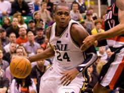 Paul Millsap (24) had 19 points and 15 rebounds as the Jazz dropped the Trail Blazers to 3-8 on the road this season.