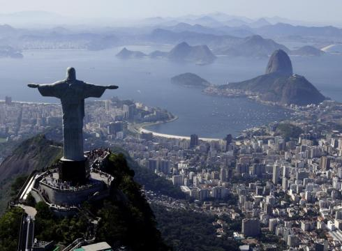 [Image: Brits-to-Rio-Leave-Jesus-statue-at-home-...-large.jpg]