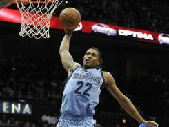 Rudy Gay (22) scored 21 points to help the Grizzlies snap the Hawks' three-game win streak.