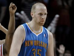 The Hornets had told Chris Kaman (35) to sit out while they tried to trade him. Unable to swing a deal, they are getting set to re-activate him.