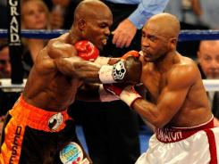 Timothy Bradley, left, defeated 40-year-old Cuban Joel Casamayor during their WBO junior welterweight title fight last November.