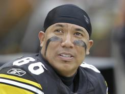 Wide receiver Hines Ward became the eighth player in NFL history to reach 1,000 career receptions in Pittsburgh's regular-season finale against Cleveland.