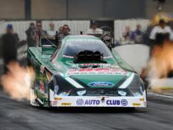 John Force wins the Funny Car division at the NHRA Winternationals. The last time he won that race, he went on to win the series title.