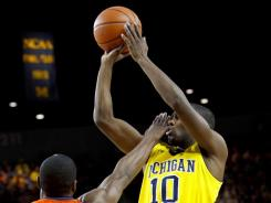 Tim Hardaway Jr. scored 15 points in Michigan's win over Illinois.