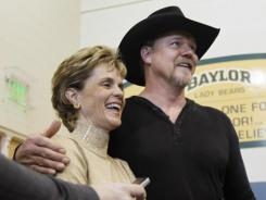 Singer Trace Adkins, right, was a walk-on football player at Louisiana Tech when Baylor coach Kim Mulkey led the Lady Techsters basketball team to a national title.