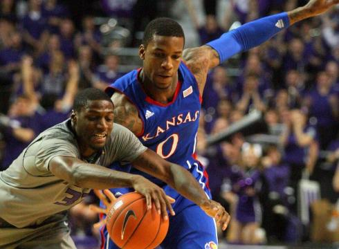 http://i.usatoday.net/sports/_photos/2012/02/13/Taylor-leads-Kansas-to-win-at-K-State-V81081NO-x-large.jpg
