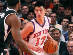 Jeremy Lin saw his streak of 20-point games end, but the Knicks didn't need as much scoring in a rout of the Kings.