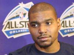First-time NBA All-Star Game center Andrew Bynum will play limited minutes because of his knee.