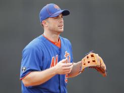 Mets third baseman David Wright has experienced stiffness in his rib cage this spring.