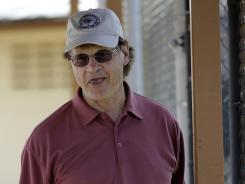 Tony La Russa could join Dodgers bidder Steve Cohen's ownership group if the billionaire's $1.6 billion bid is accepted.