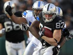 Former Oakland Raiders tight end Kevin Boss, pictured on Dec. 18, 2011, has signed with the Kansas City Chiefs.