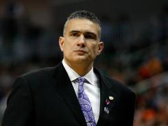 South Carolina has hired Kansas State coach Frank Martin to revitalize its basketball program.