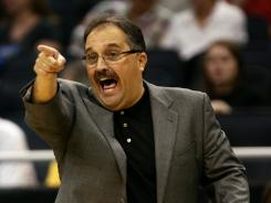 Orlando Magic coach Stan Van Gundy strongly disagreed with former Maryland coach Gary Williams' comments about Kentucky having the talent to beat the NBA's Washington Wizards.